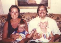 mike-kmetz-and-family